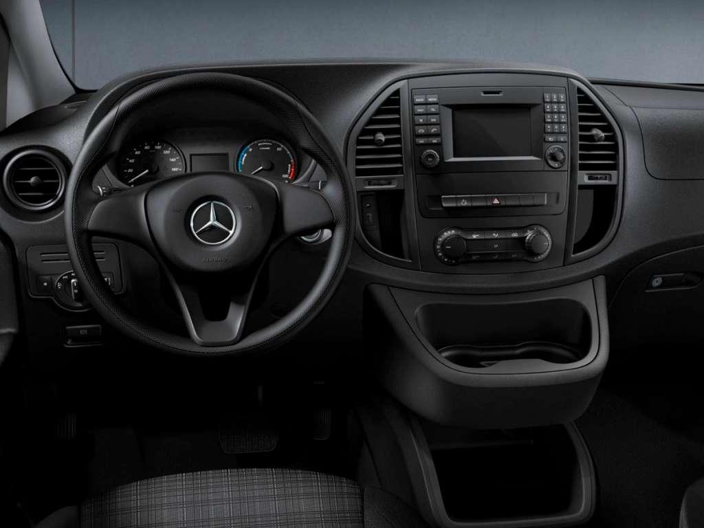 Galería de fotos del Mercedes Benz eVito Tourer (4)