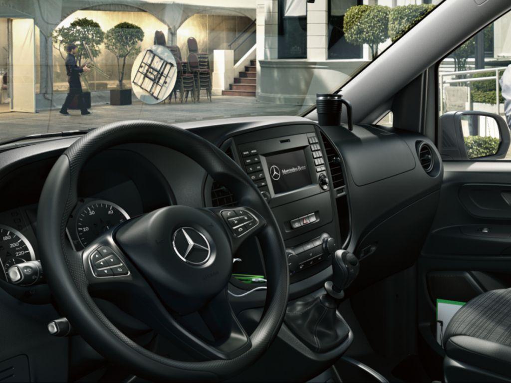 Galería de fotos del Mercedes Benz Vito Furgón (5)