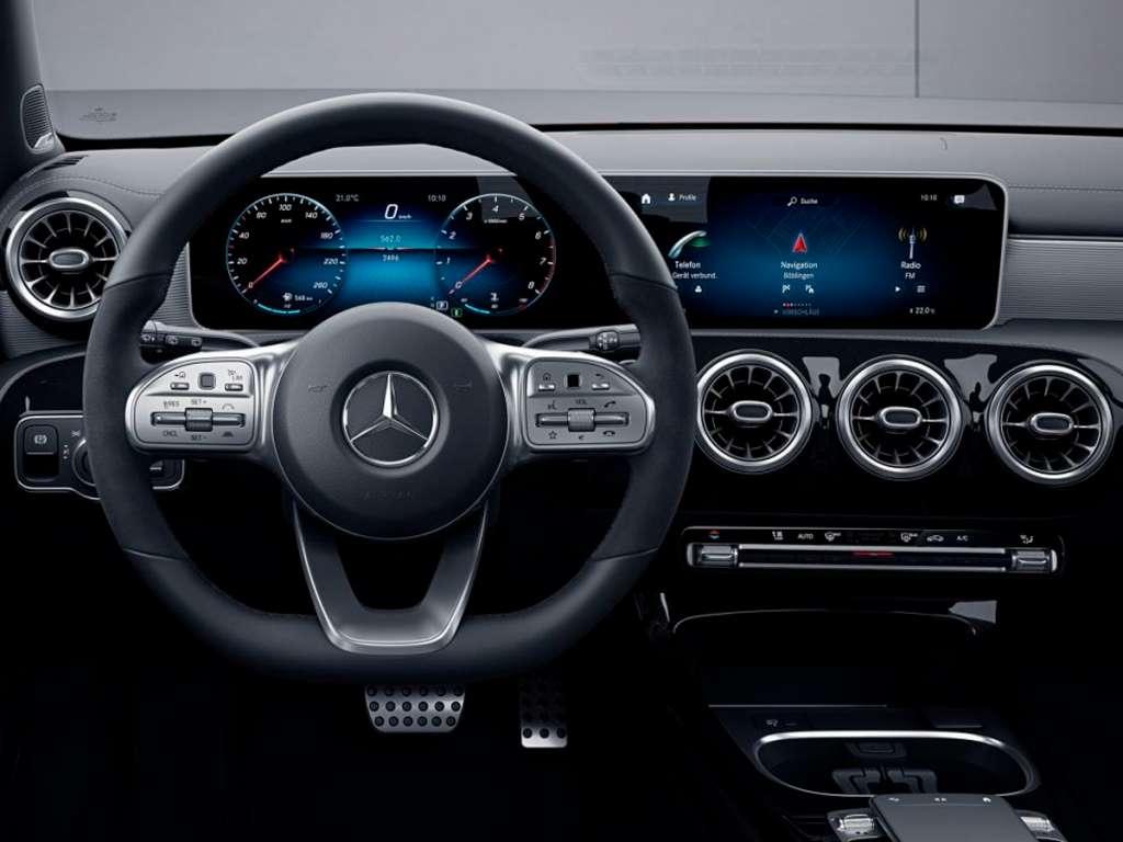 Galería de fotos del Mercedes Benz CLASE A SEDÁN (4)