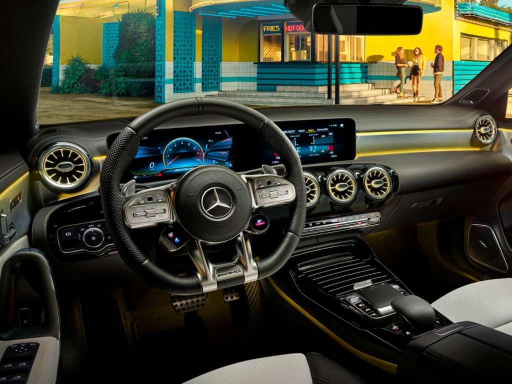 Galería de fotos del Mercedes Benz AMG CLA COUPÉ (3)
