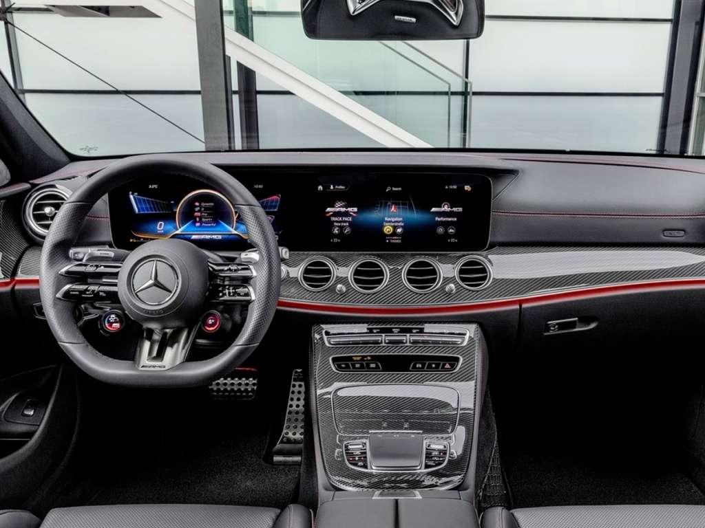 Galería de fotos del Mercedes Benz NUEVO AMG CLASE E BERLINA (3)