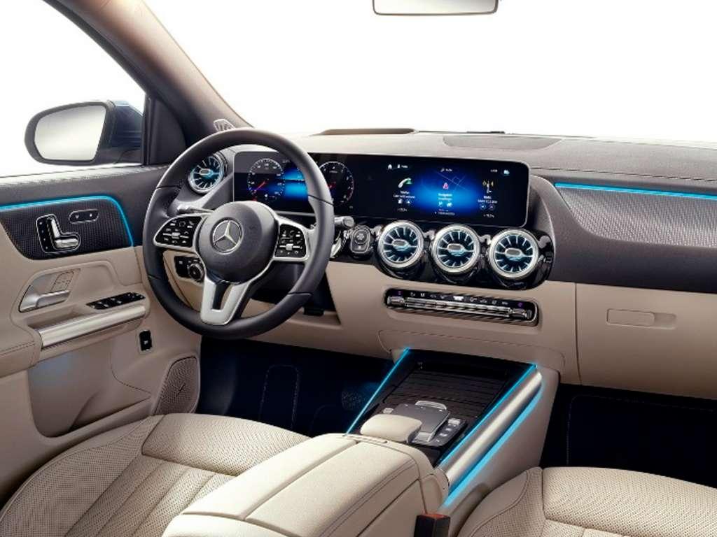 Mercedes-Benz NOVO GLA SUV