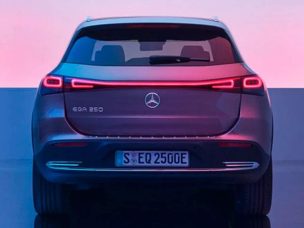 Galería de fotos del Mercedes Benz NUEVO EQA (3)