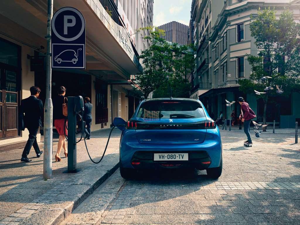 Galería de fotos del Peugeot Nuevo E-208 (2)