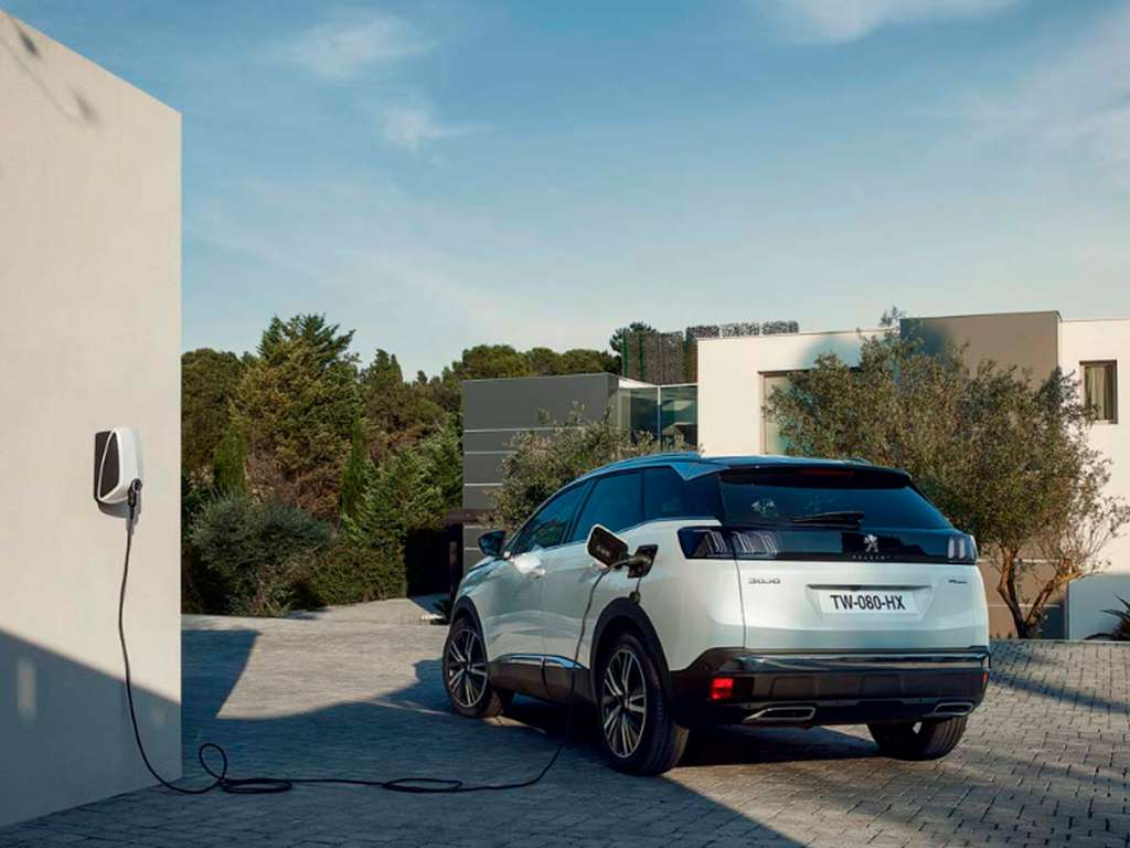 Galería de fotos del Peugeot Nuevo 3008 Hybrid (3)