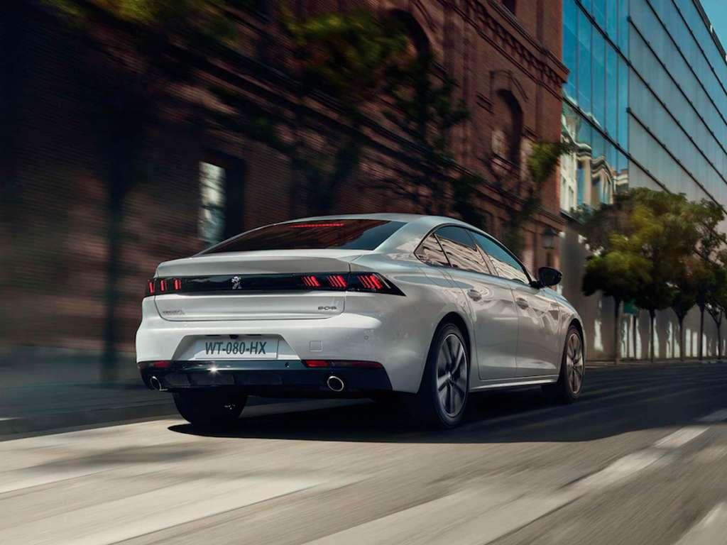 Galería de fotos del Peugeot 508 Hybrid (3)