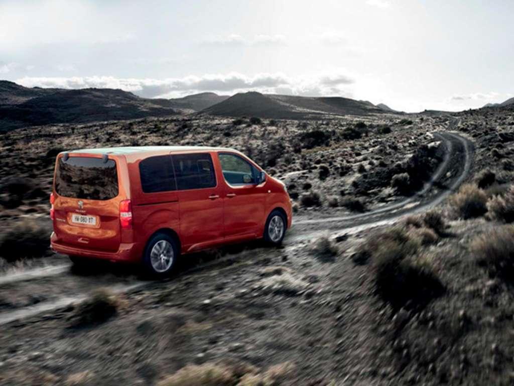 Galería de fotos del Peugeot Traveller (2)