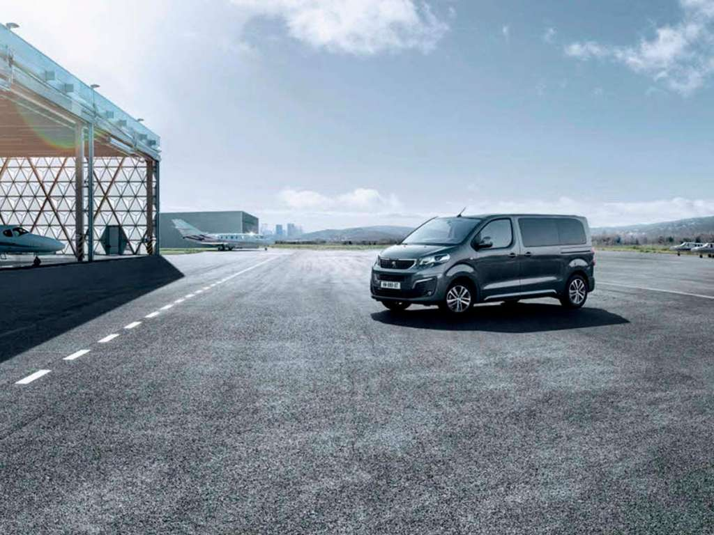 Galería de fotos del Peugeot Traveller Business (2)