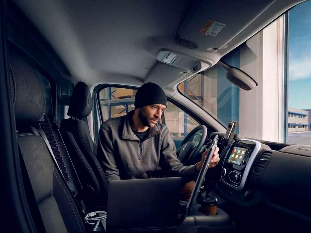 Galería de fotos del Renault Nuevo Trafic Furgón (5)
