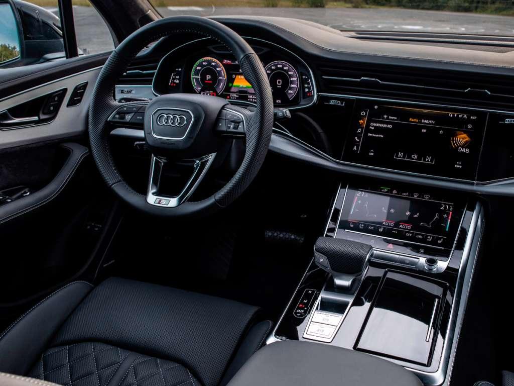 Audi Novo Q7 TFSIe