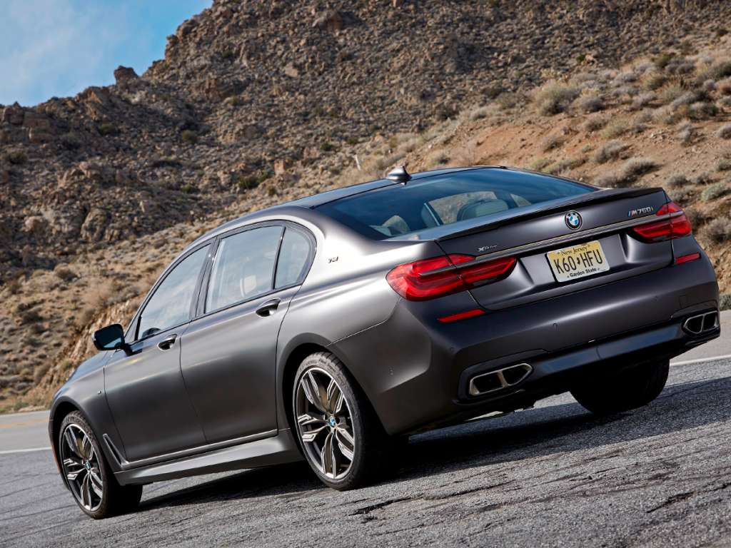 BMW M760Li xDrive Berlina