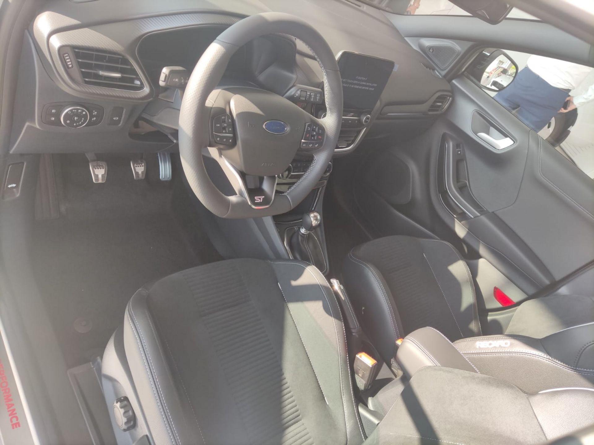 Ford Puma 1.5 EcoBoost 200cv ST