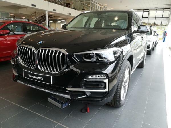 BMW  xDrive30d 195 kW (265 CV)
