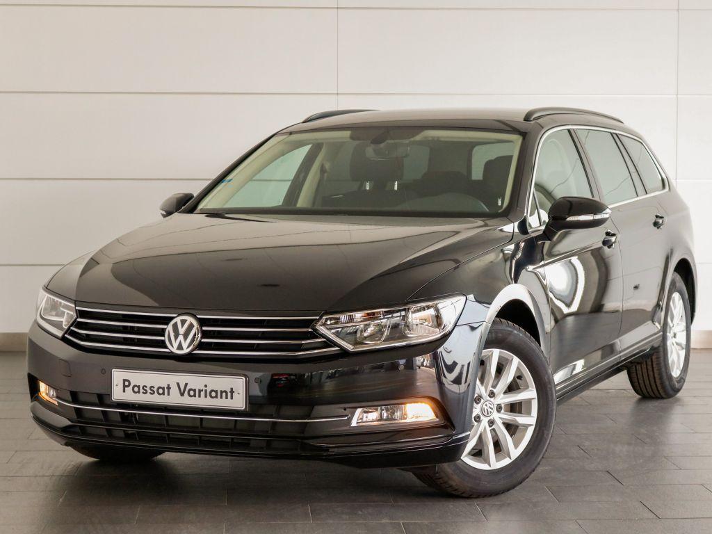 Volkswagen Passat 1.6 TDI CONFORTLINVARIANT segunda mão Setúbal