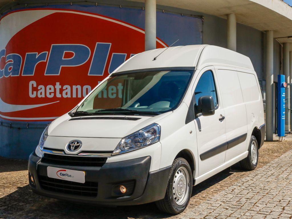 Toyota Proace 2.0 D-4D L2H2 120 CV segunda mão Lisboa