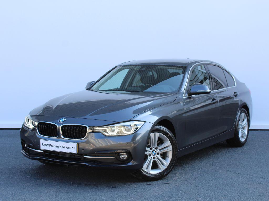 BMW Serie 3 318d Auto Line Sport segunda mão Aveiro