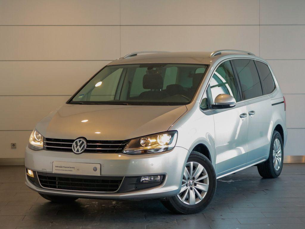 Volkswagen Sharan 2.0 TDI BlueTDI 150cv Confortline segunda mão Setúbal