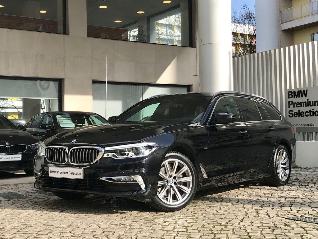 BMW Serie 5 520d Auto Touring Luxury segunda mão Lisboa