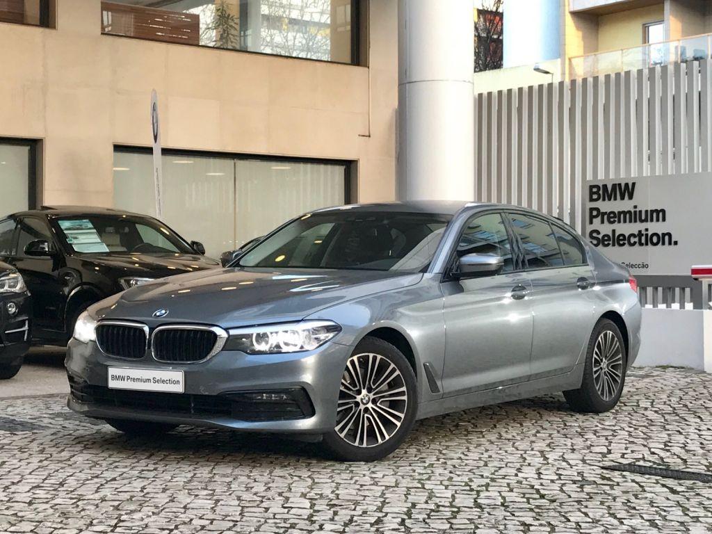 BMW Serie 5 520d Auto Line Sport segunda mão Lisboa
