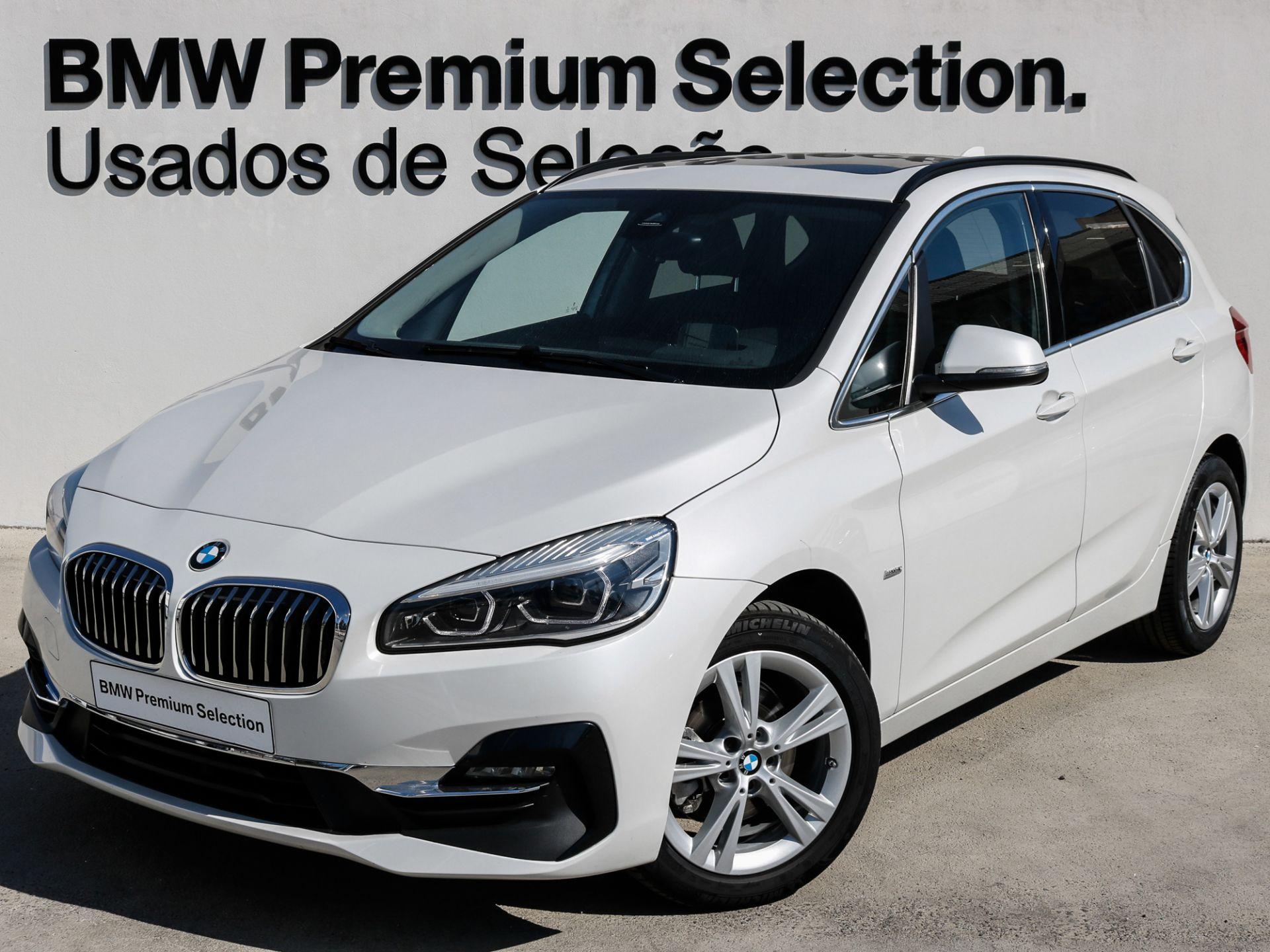 BMW Serie 2 Active Tourer 216d Line Luxury, Div Equipamento segunda mão Lisboa
