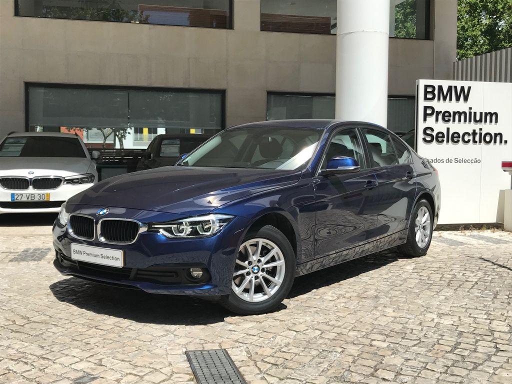 BMW Serie 3 318d Berlina segunda mão Lisboa