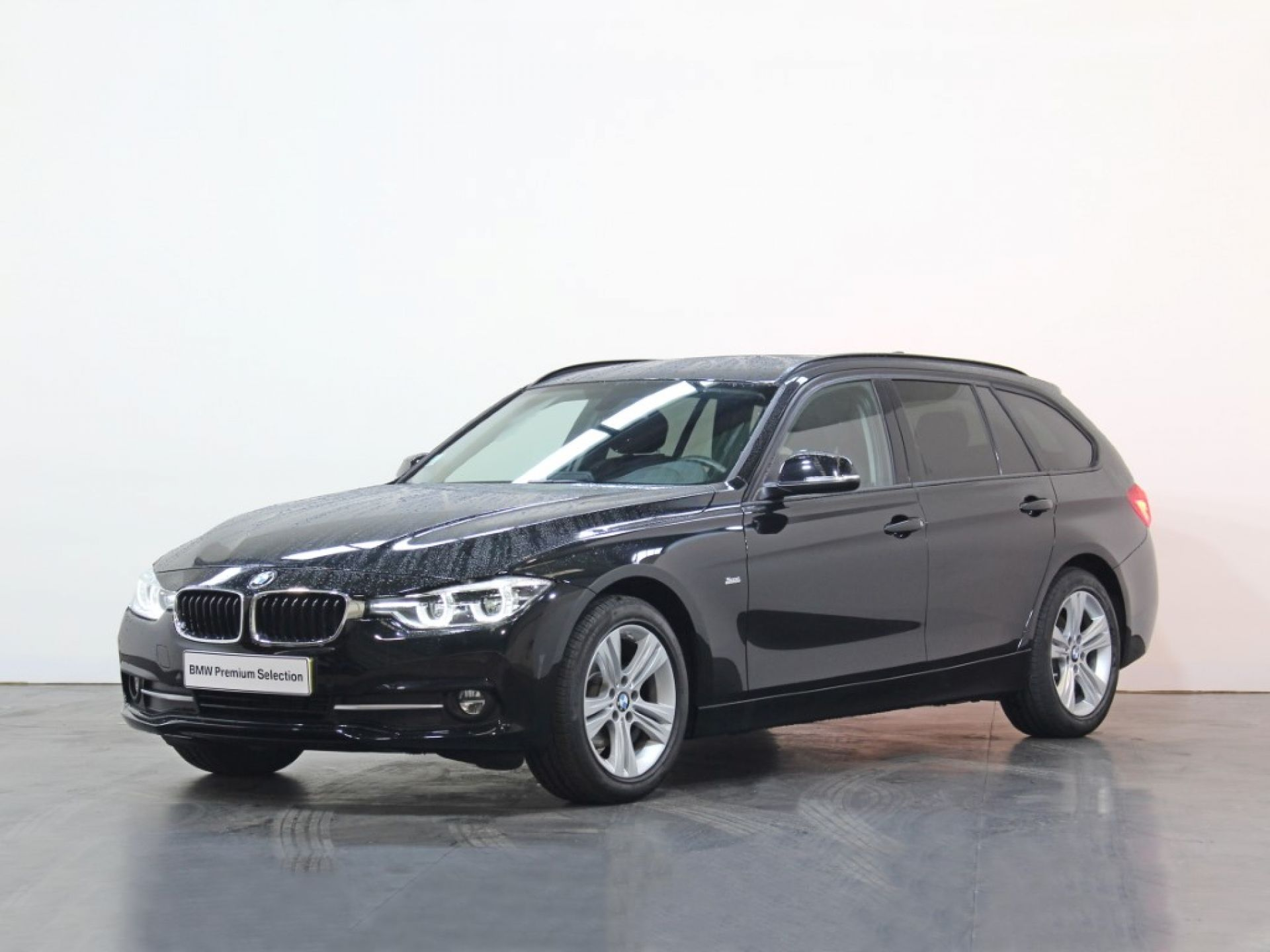 BMW Serie 3 318d segunda mão Porto