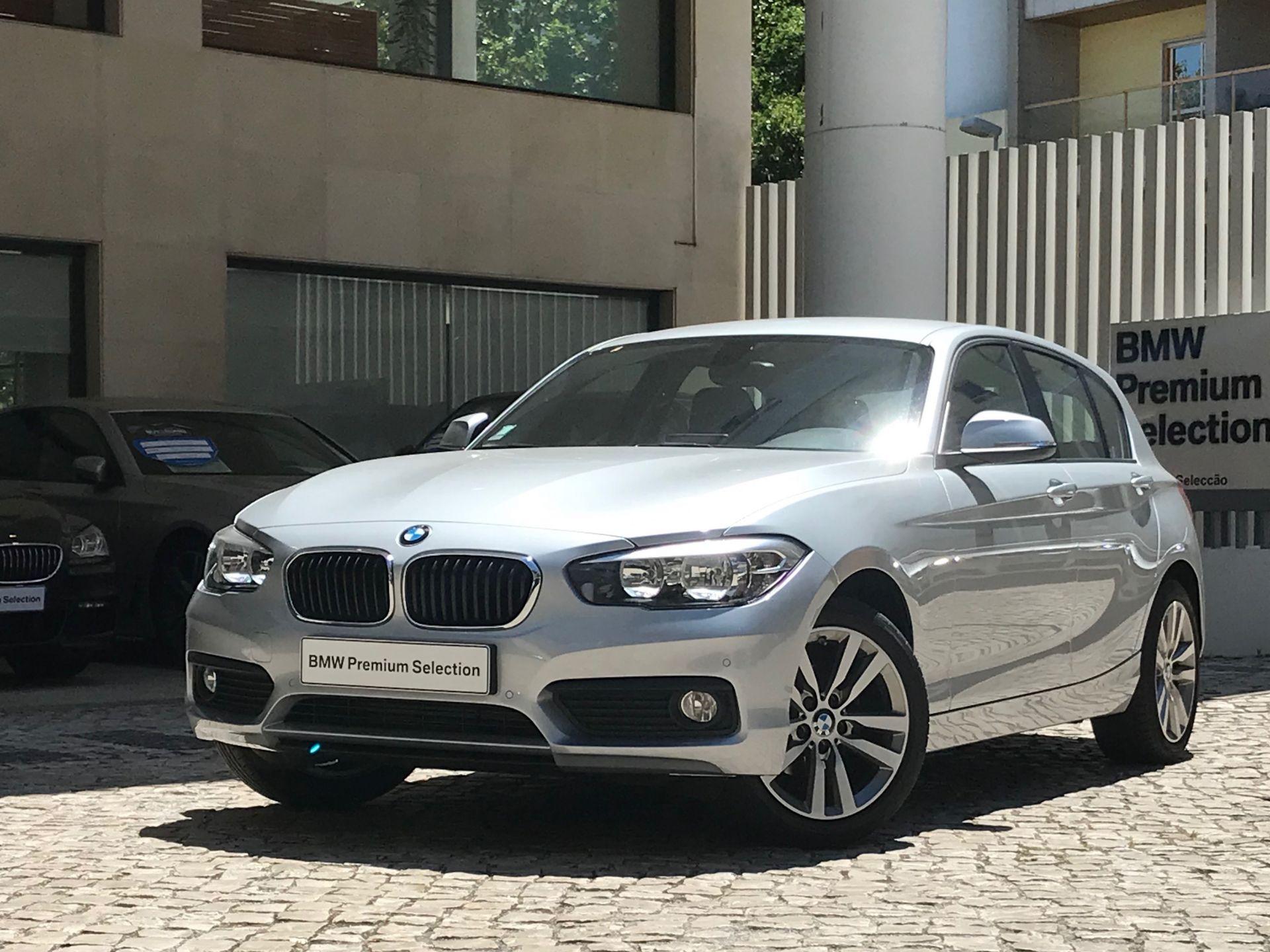 BMW Serie 1 116d Auto segunda mão Lisboa