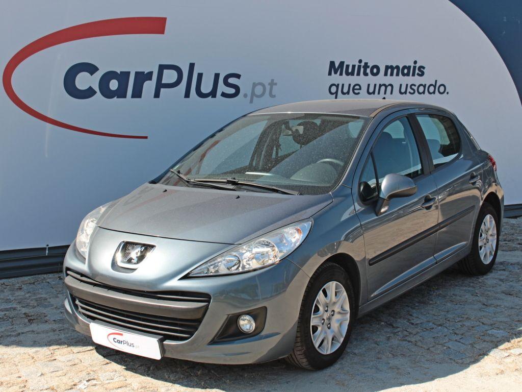 Peugeot 207 Active 1.4 75 segunda mão Braga