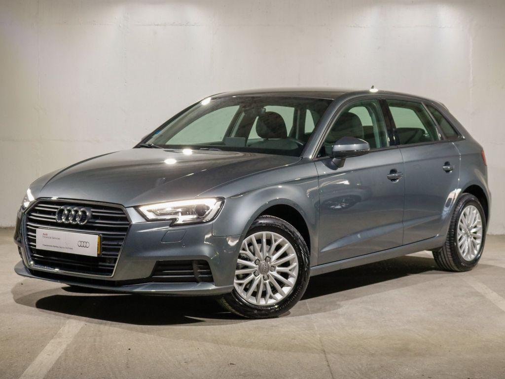 Audi A3 Sportback 1.0 TFSI  segunda mão Lisboa