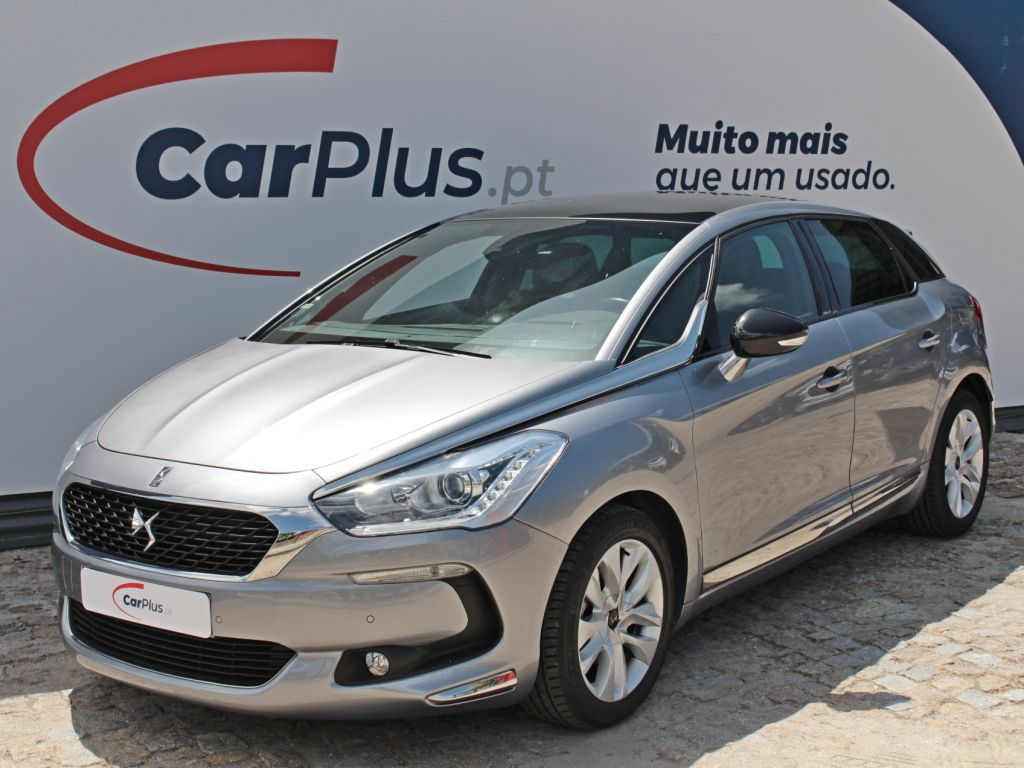 DS DS 5 1.6 BlueHDi So Chic segunda mão Porto