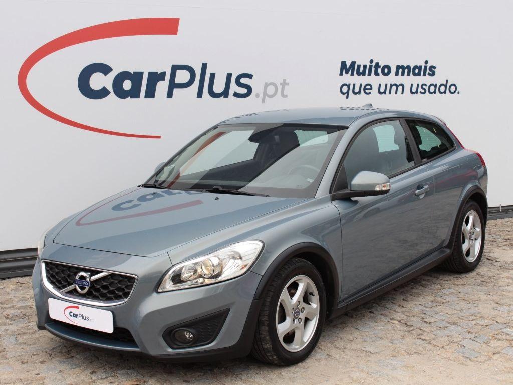 Volvo C30 1.6D DRIVe Start/Stop Kinetic segunda mão Porto