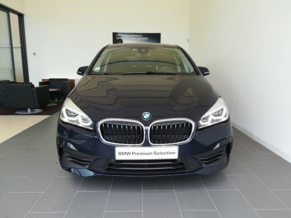 BMW Serie 2 Active Tourer 216d Auto Advantage segunda mão Porto