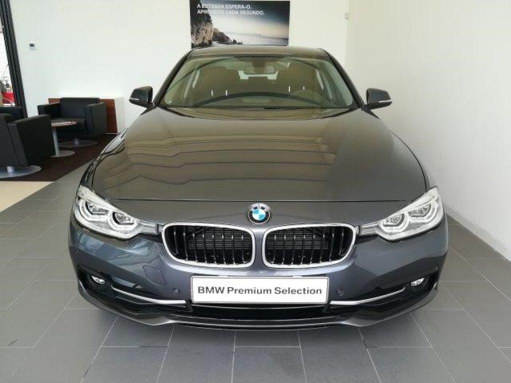 BMW Serie 3 318d Auto Line Sport segunda mão Porto