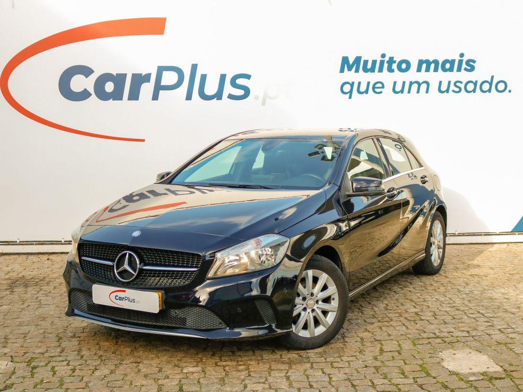 Mercedes Benz Classe A 180 d Urban segunda mão Lisboa