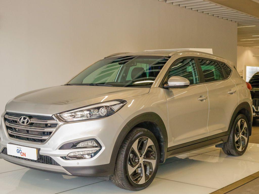 Hyundai Tucson 1.7 CRDi Premium 19'' MY17 segunda mão Lisboa