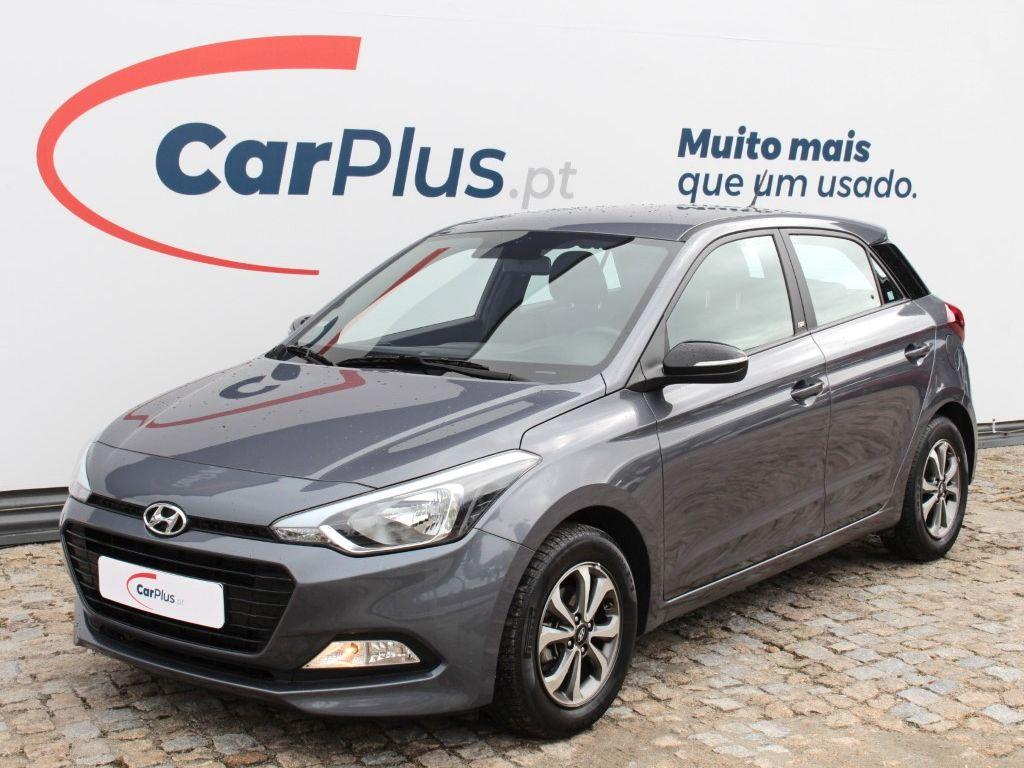 Hyundai i20 1.2 5P GL MPI GO segunda mão Porto