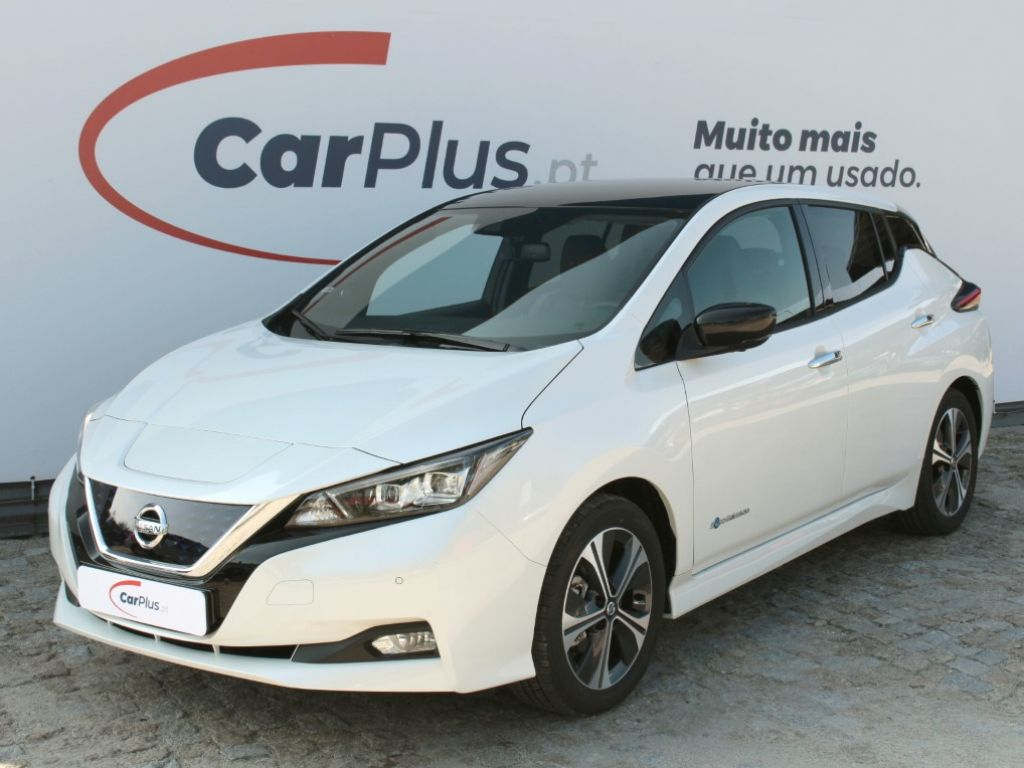 Nissan LEAF LEAF 5p 40kWh N-Connecta segunda mão Porto