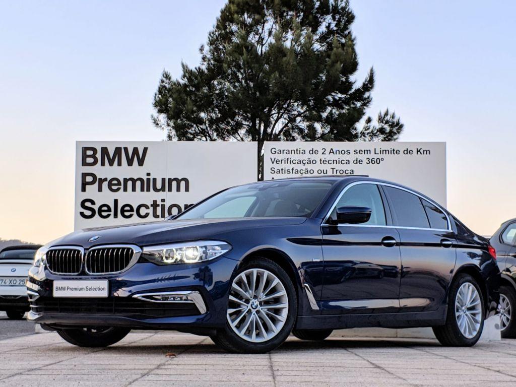 BMW Serie 5 520d Auto Line Luxury segunda mão Lisboa