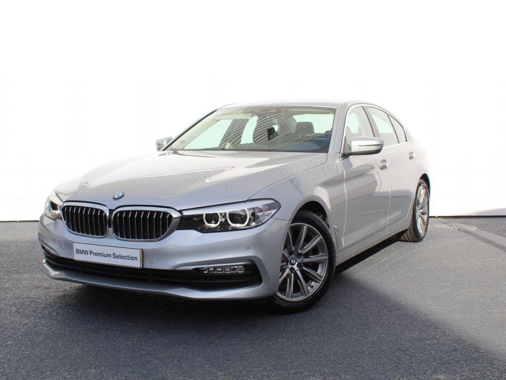 BMW Serie 5 520d Auto segunda mão Aveiro