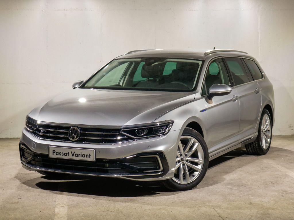 Volkswagen Passat 1.4 GT+ Plug-in Hybrid Variant usada Lisboa
