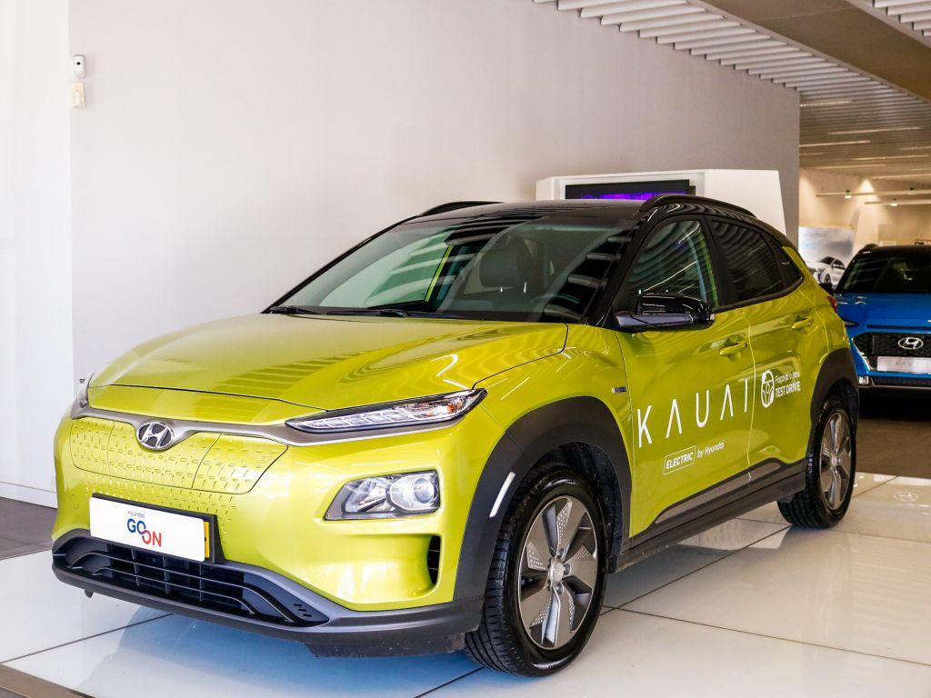 Hyundai Kauai E4X2 Electric Premium 64KWH usada Lisboa