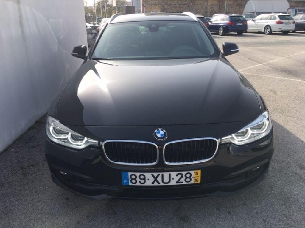 BMW Serie 3 320d Touring Line Sport Auto segunda mão Lisboa