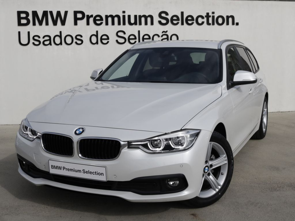 BMW Serie 3 320d Touring  segunda mão Lisboa
