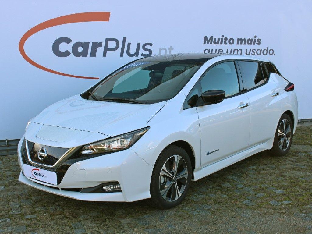 Nissan LEAF LEAF 5p 40kWh Tekna segunda mão Braga