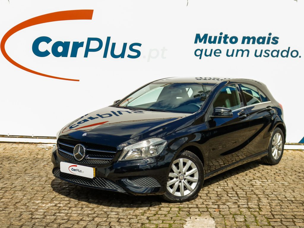 Mercedes Benz Classe A 180 CDI BlueEFFICIENCY Style segunda mão Lisboa