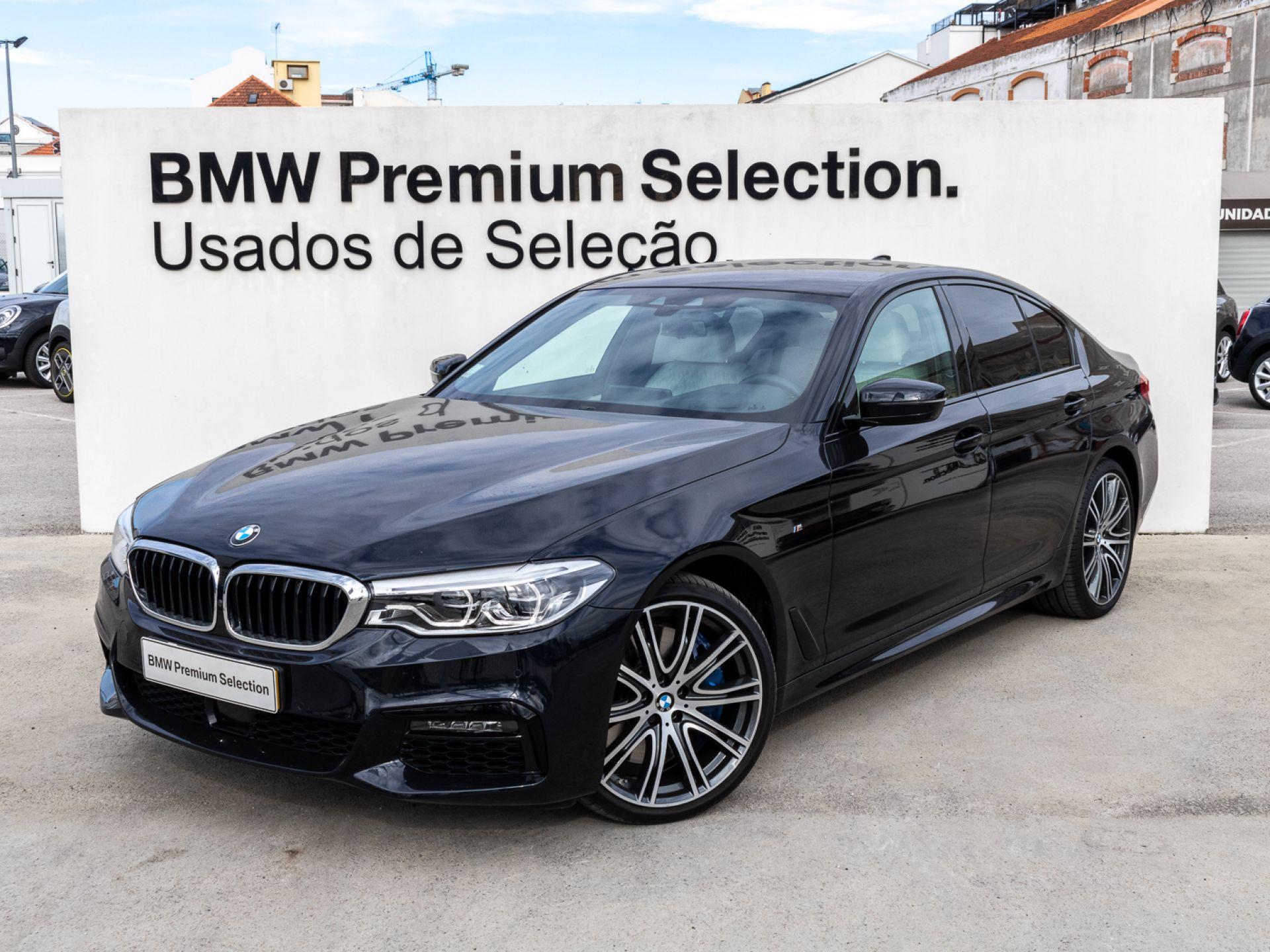 BMW Serie 5 540i Auto Pack M segunda mão Lisboa