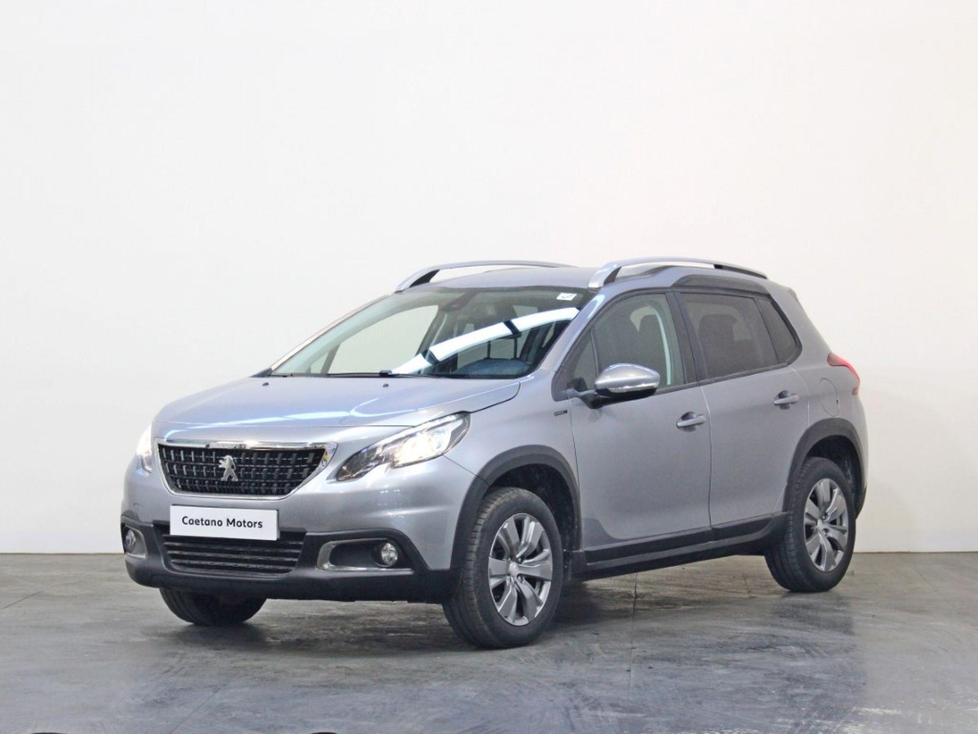 Peugeot 2008 Signature 1.2 PureTech 82 Euro 6.2 segunda mão Porto