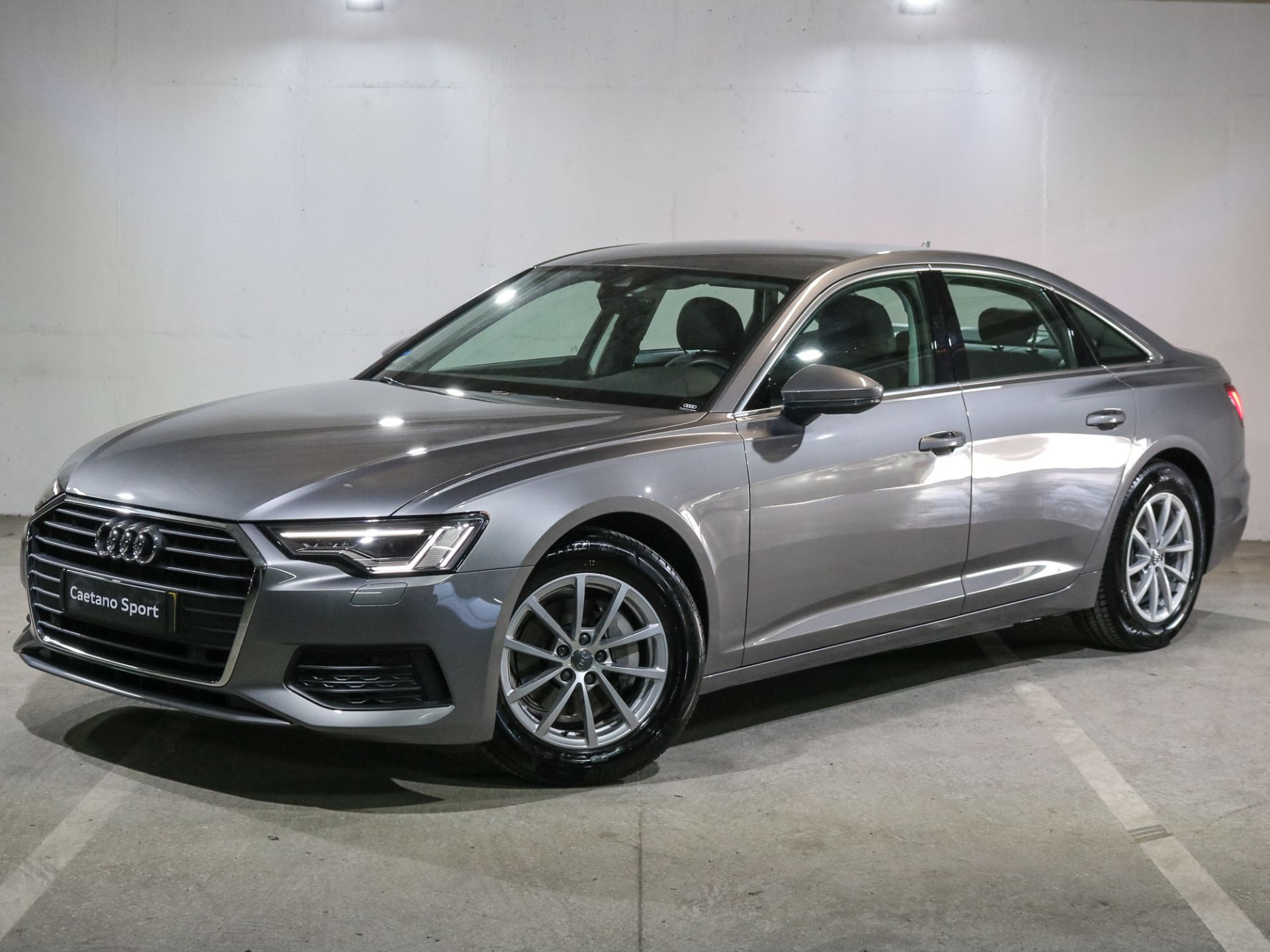 Audi A6 2.0 40 TDI 204cv MHEtronic segunda mão Lisboa