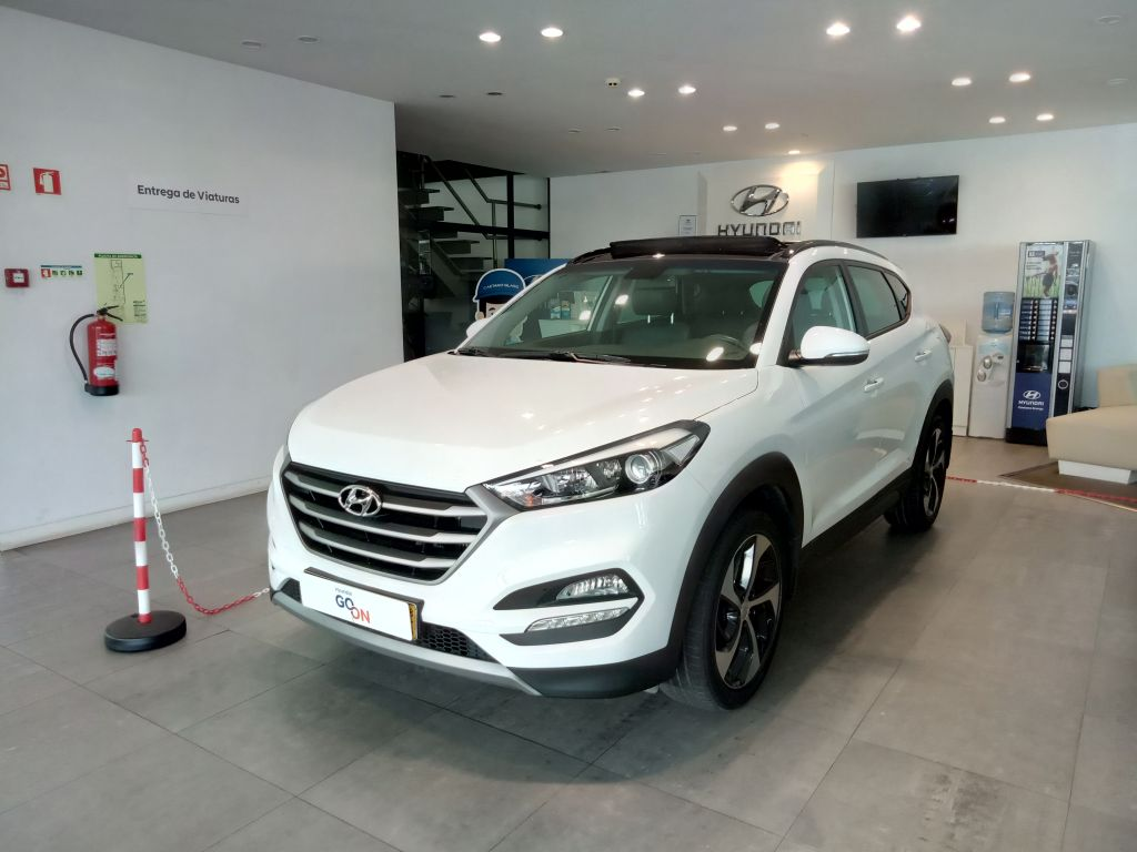 Hyundai Tucson 1.7 CRDi Premium MY18 -TA segunda mão Porto