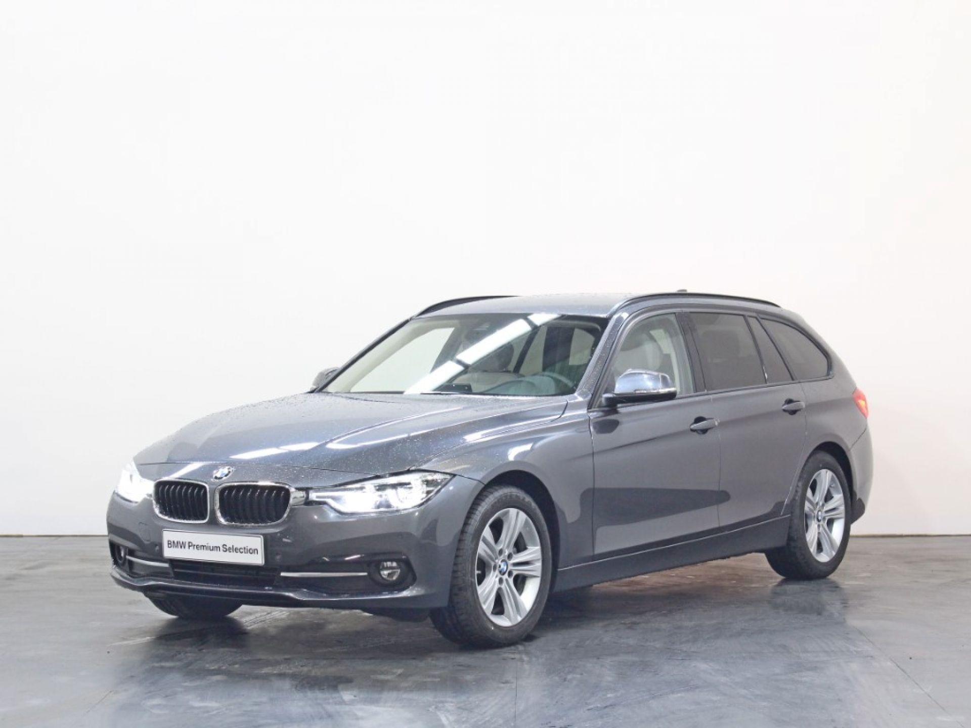 BMW Serie 3 320d Auto segunda mão Porto